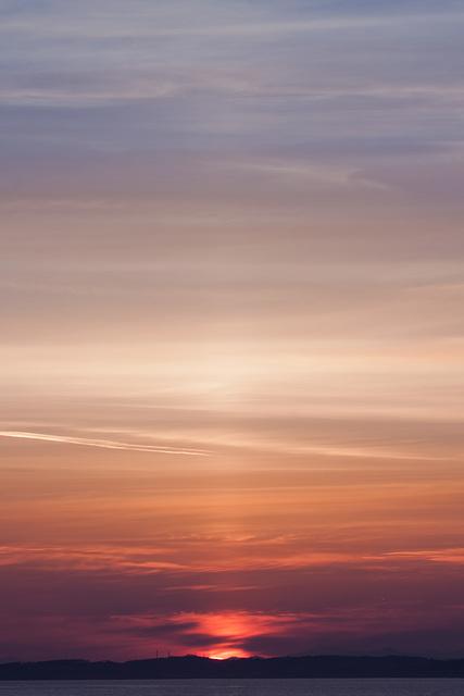 Sunset with light pillar