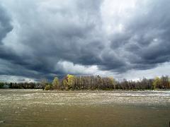 ciel gris / dark sky