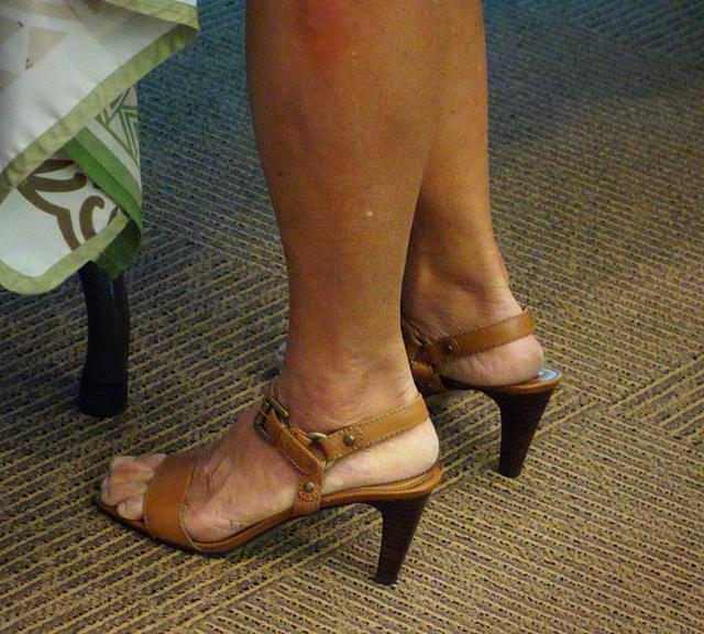 wife in bandolino heels