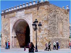 Tunisi : l'arco di ingresso alla Medina - Porte de Bhar -