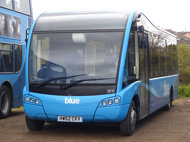 Vectis Blue in Ryde (5) - 29 April 2015