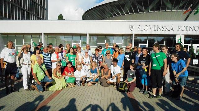 La 101 UKo en Nitra - grupa foto de partoprenantoj el Ĉeĥio