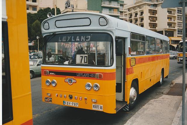 Malta (Sliema) May 14 1998 EBY-787 Photo 394-18