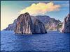 Capri : Navigazione sui faraglioni - (814)