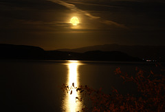 Moon rises over Criccieth