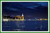 Navegando por el Gran Canal de noche