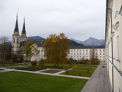 Admont, Stiftskirche mit Garten / Abbey church with garden