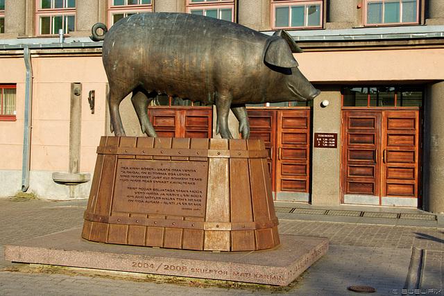 Bronze-Schwein in Tartu (© Buelipix)