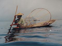 ...sur le Lac Inle,Birmanie...il y a plus de 30 ans...