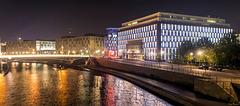 Regierungsviertel bei Nacht