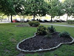 Small garden between Benfica's blocks - XXIII