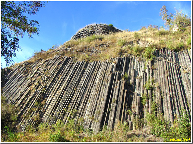 Basaltic organ pipes