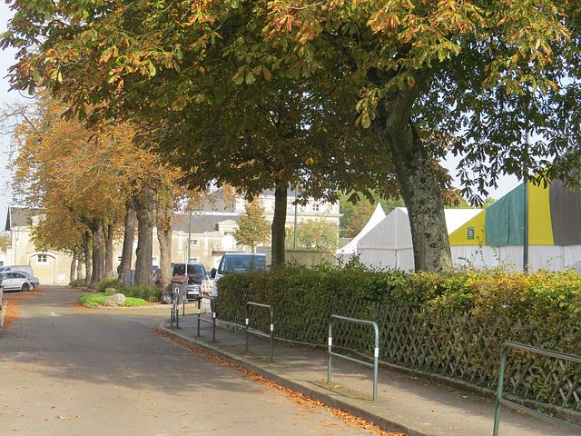 Laval : place de Hersé.