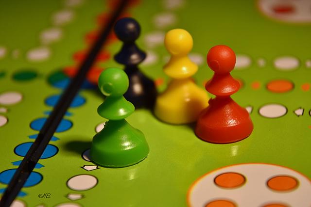 125. -  4.11.2019 Multicoloured  mehrfarbiges  multicolore
