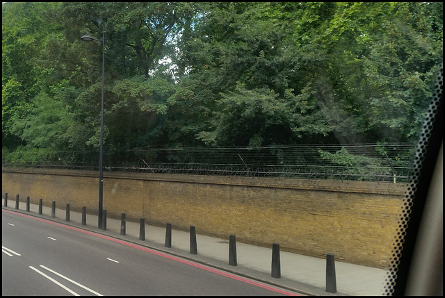 Queen's garden fence