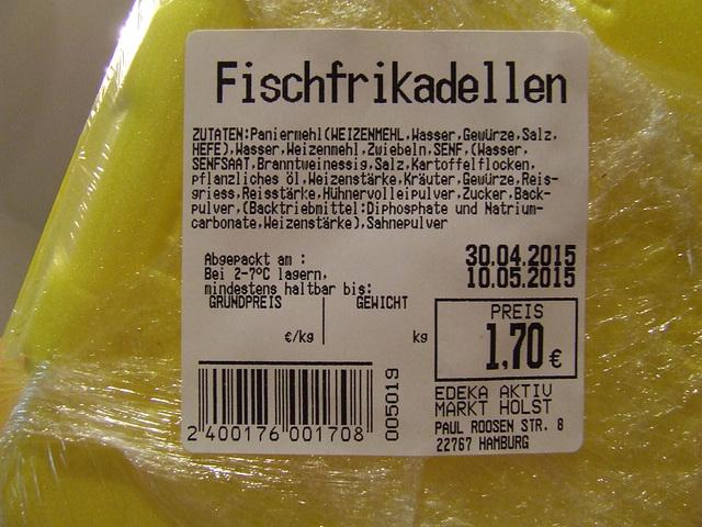 Nichtvegetarische Fischfrikadellen ohne Fisch, aber mit Kartoffeln und Reis.