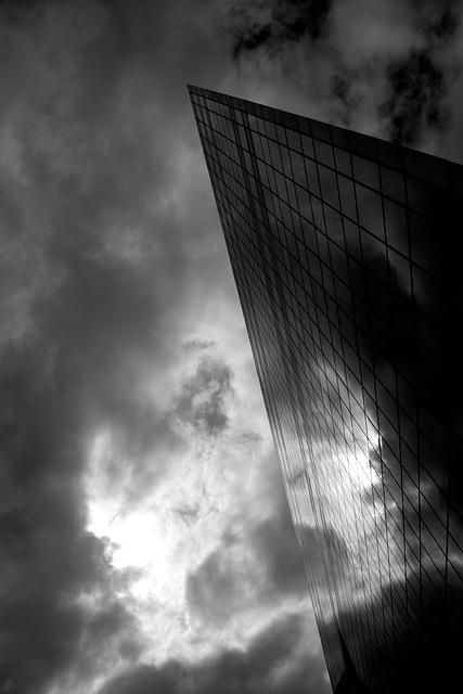Coupure de ciel  /  Sky cutting