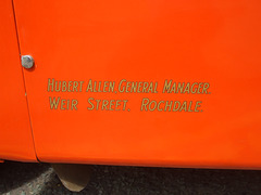 DSCF0543 Yelloway legal lettering