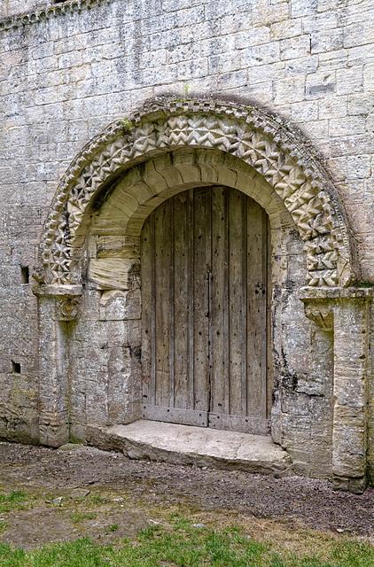 Église Saint-Pierre de Thaon