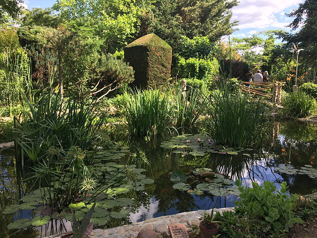 Jardin Zen de Paul et Anne Marie Manthes Drôme