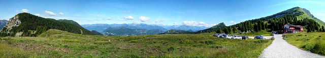 Blick vom Tremalzo (1830m) nach Nordwesten. ©UdoSm