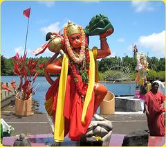 MAURICE ISLAND  - scultura e rito induista