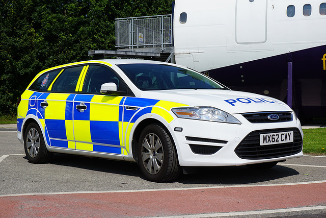 Greater Manchester Police Mondeo (2) - 11 July 2015