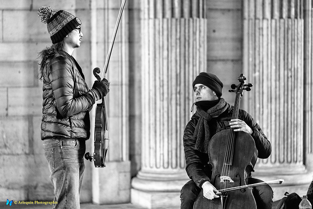 Two street musicans in Paris
