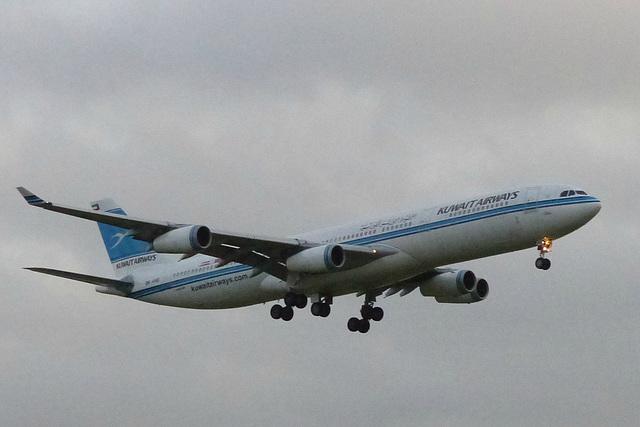 9K-ANB approaching Heathrow - 23 January 2016