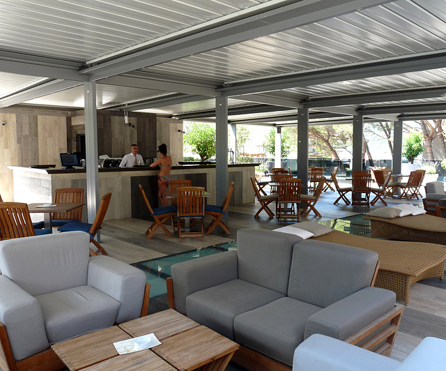 Igalo- Palmon Bay Hotel- Pool Bar