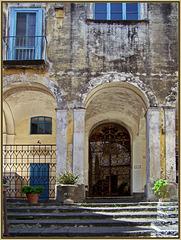 Capri : una casa antica nel centro - (803)