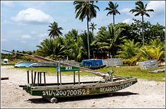 Maceio : una barca spartana sulla spiaggia di Puaripeira
