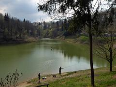 a pesca sul lago