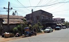 Une coccinelle seule et égarée.......(Laos)