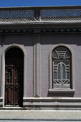 Vila Real de Santo António, Arched door and window