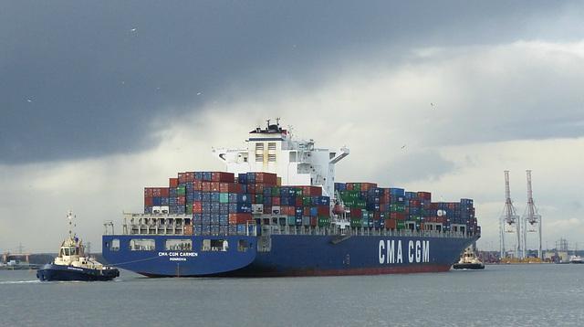 CMA CGM Carmen arriving at Southampton (3) - 10 January 2016