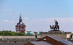Über den Dächern von Braunschweig: Quadriga und Wasserturm