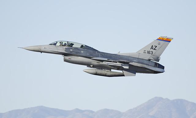 General Dynamics F-16D Fighting Falcon 89-0163