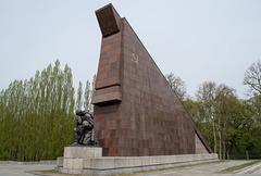 Berlin Soviet War Memorial Treptower  (#2655)