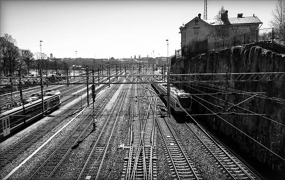 railway tracks (pip)
