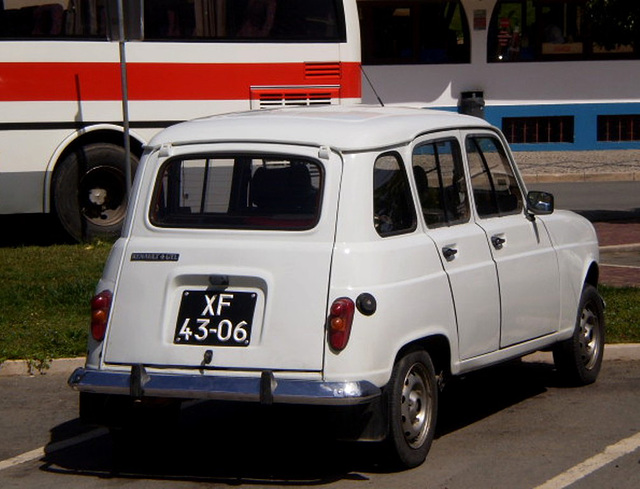 Renault 4 (1991).