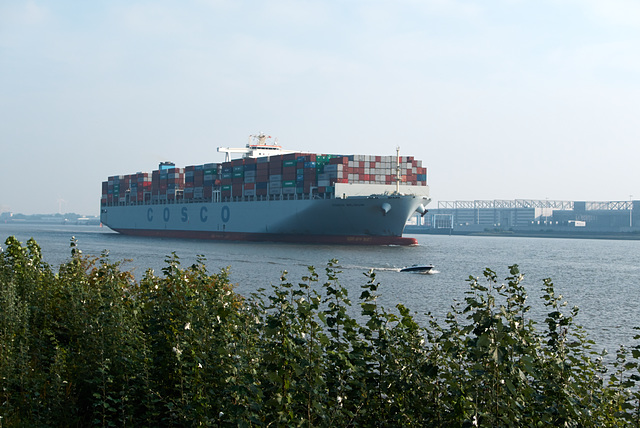 containerschiff-1210883-co-04-10-15