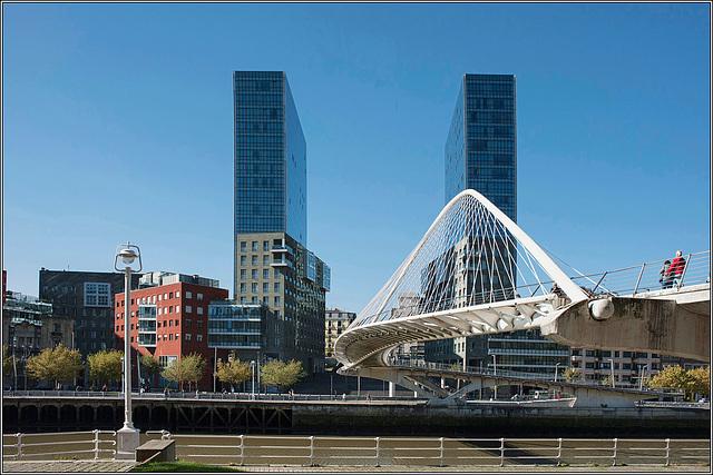 Isozaki Twin Towers & Zubizuri Footbridge