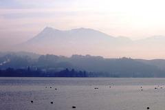 CH - Luzern - Dunst über dem Vierwaldstätter See