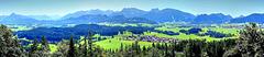Allgäuer und Tiroler Berge. ©UdoSm