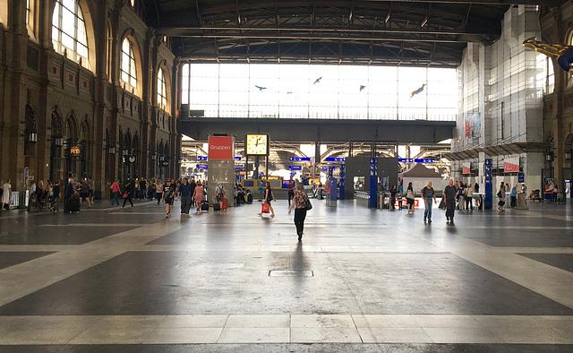 Zurich 12:13:04