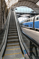 NICE; Gare SNCF; Vue depuis la nouvelle passerelle 0/