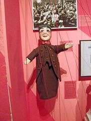 Quelques photos prises l'ors de ma visite à l'exposition internationale de marionettes au musée Gadagne à Lyon. Guignol se devait d'être en premier.