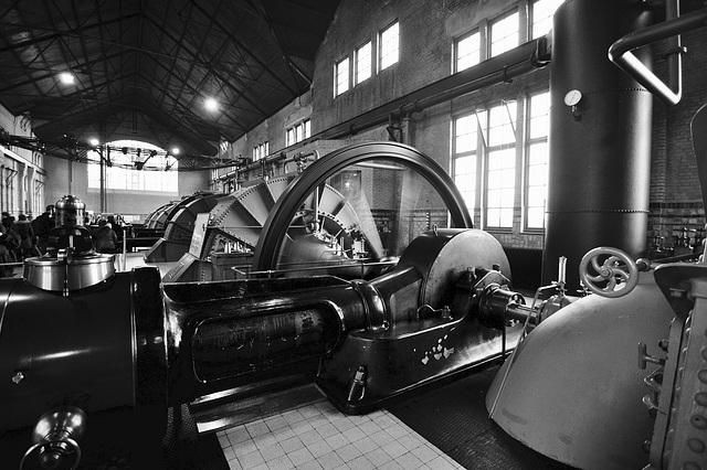ir. D.F. Woudagemaal 2016 – Steam engine and flywheel
