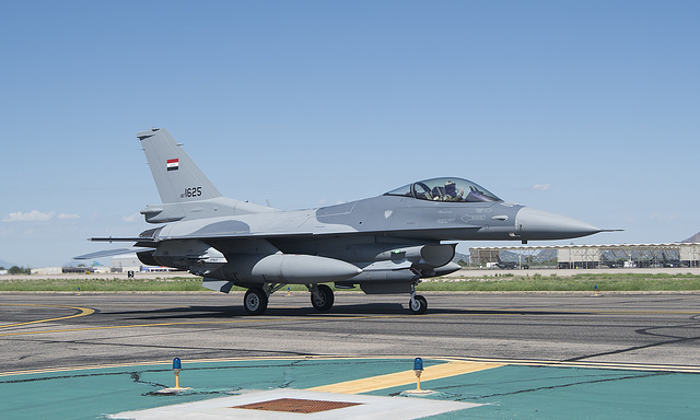 Iraqi Air Force Lockheed Martin F-16C Fighting Falcon 1625 (13-0020)